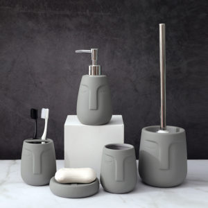 2020 New matte rubber paint Ceramic face design Bathroom Accessory set Toothbrush Holder Soap Dispenser Dish Set